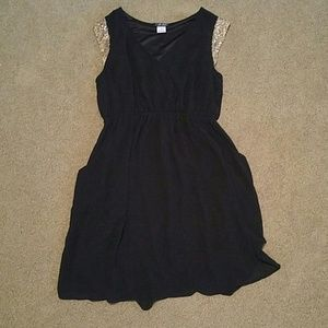 3/$15 Black And Gold Dress
